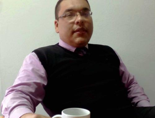 """ENTREVISTA / Jorge Villanueva: """"Creo que primero aprendí a manejar un avión a un auto."""""""